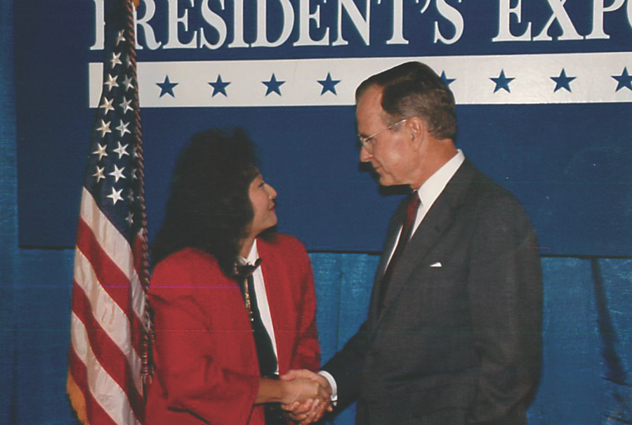 A member of George H.W. Bush's Export Council from 1991-93, Cole met the president in 1992.